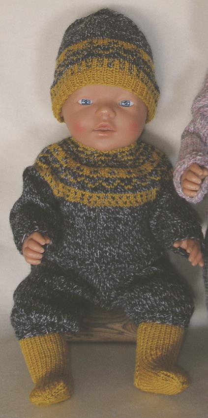 Strikket sett til BabyBorn i grått/gult
