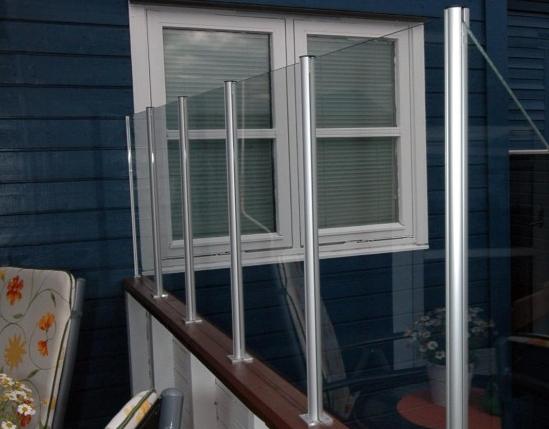 Levegg glass balkongstender vindskjerm Hadeland