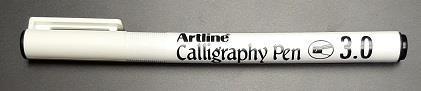 Penna artline calligraphy 3,0