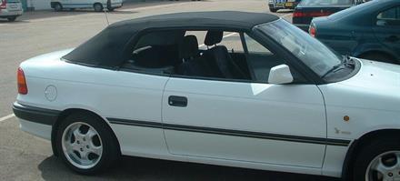 Sufflett Opel Astra 93-99 tyg svart