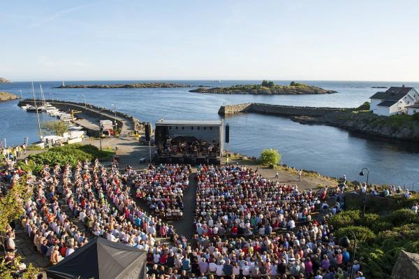 Konsert i Sogndalstrand Amfi