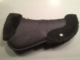 Ogilvy EQ. HP Jump with Sheepskin