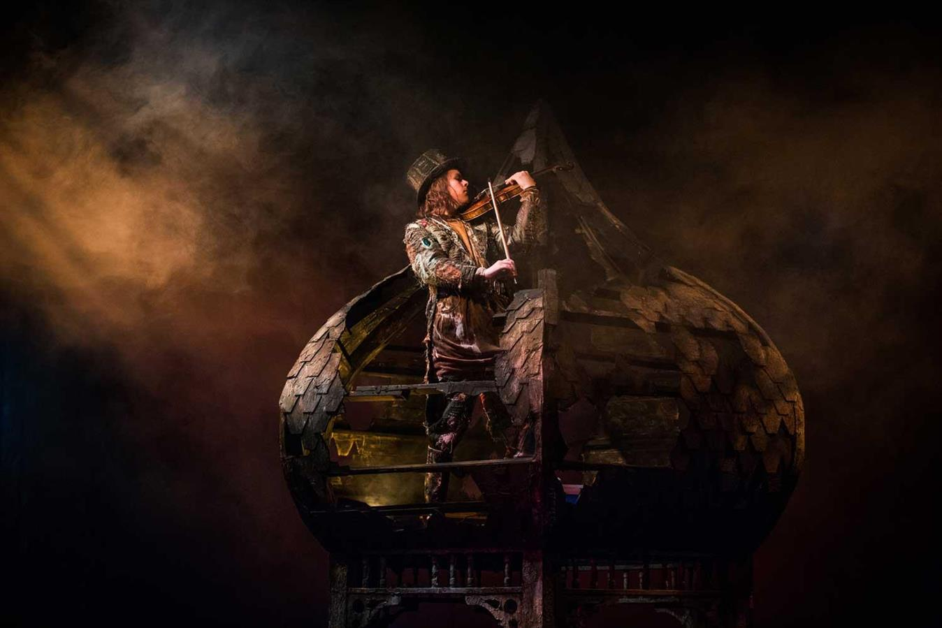Fiddler on the Roof- Den Nasjonale Scene - Director: Svein Sturla Hugnes - Costume Design: Christina Lovery - Foto: Magnus Skrede 2016