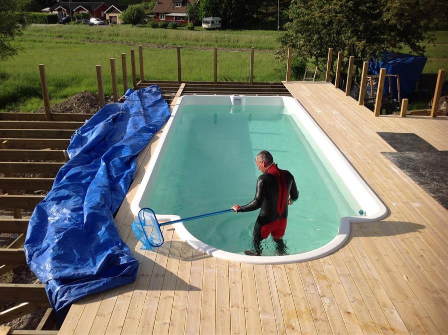 Pool och altanbygge