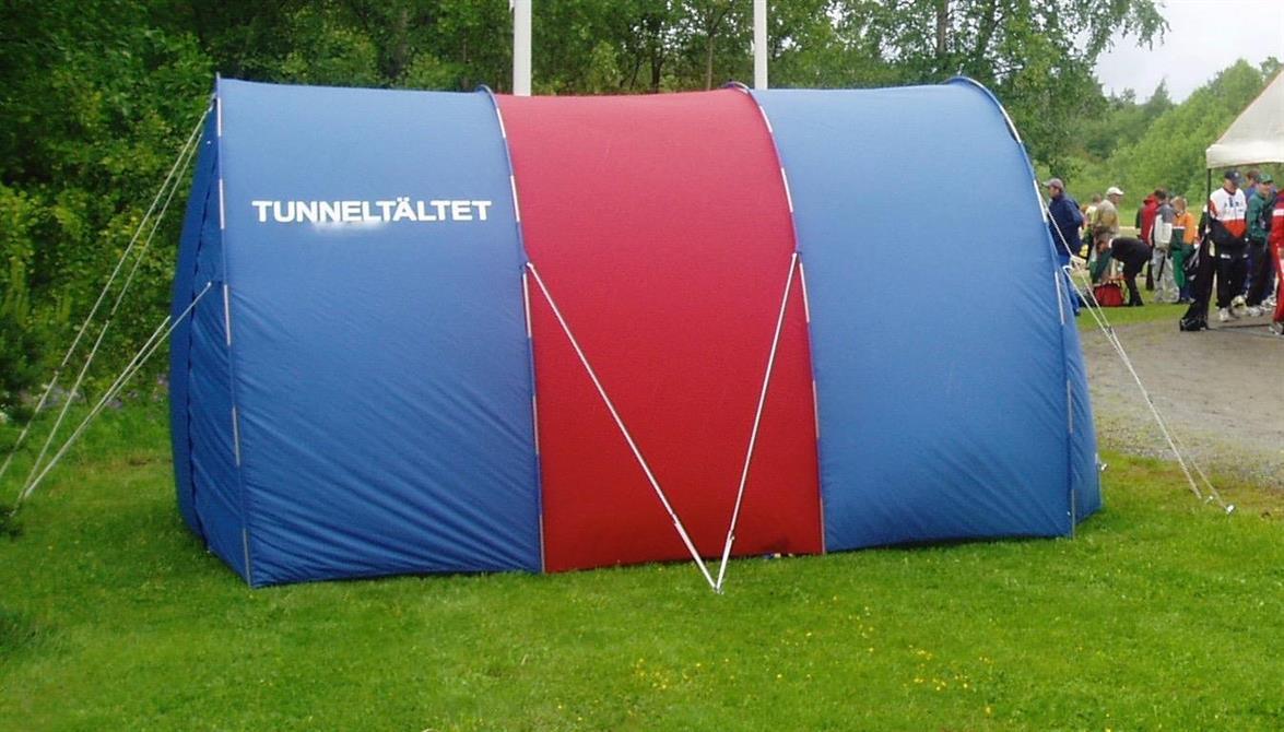 3 segments 2 färgat tält med reklam