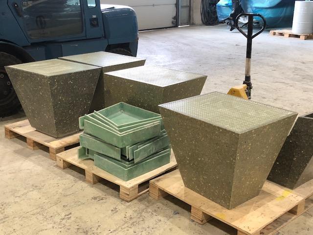 Møbler til rasteplass produsert av oss