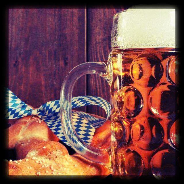 Välkommen på Oktoberfest hos oss på Café Gula Huset den 5/10