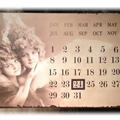 Stor metallkalender med to engler