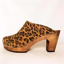 Emilia Leopard