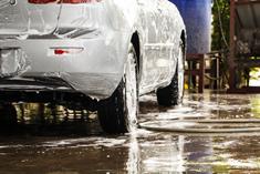 Tvätta bilen miljövänligt