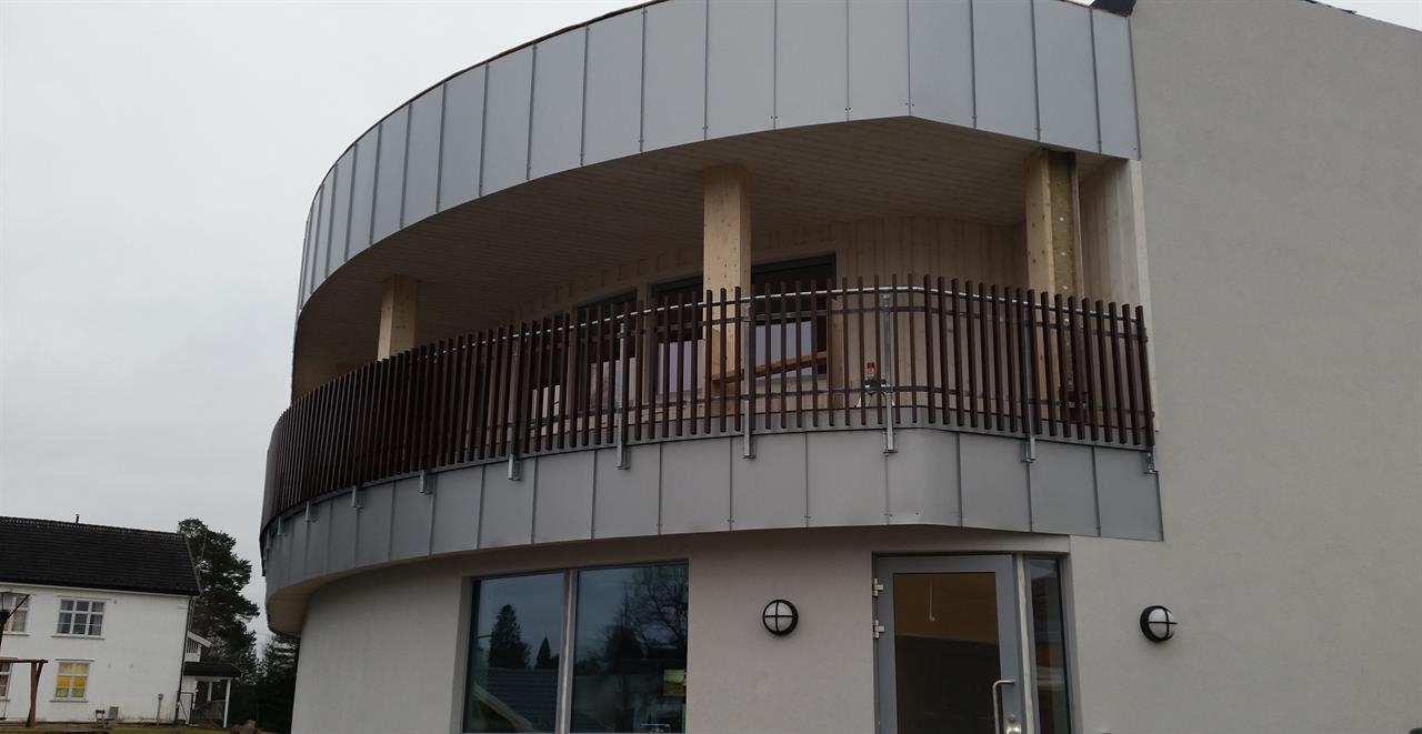 Montage balkongräcke