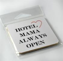 Magneter, Hotel Mama, vit/svart-röd text