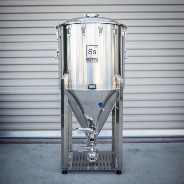 Chronical Fermenter 155 liter Brew Master