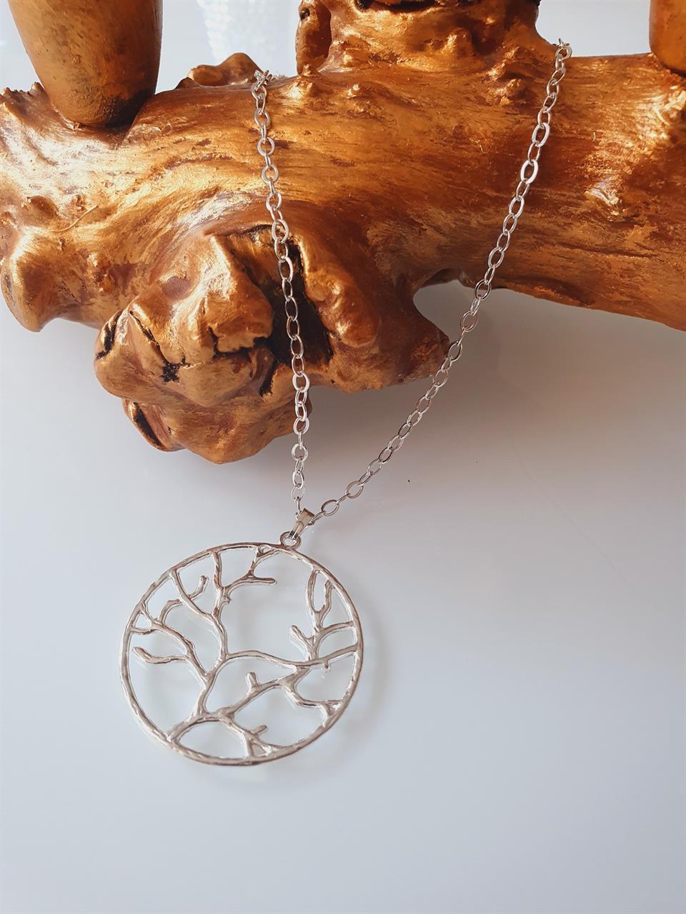 Halsbandskedja silverpläterad -med Livets träd