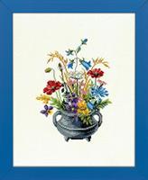 Järnbytta med blommor
