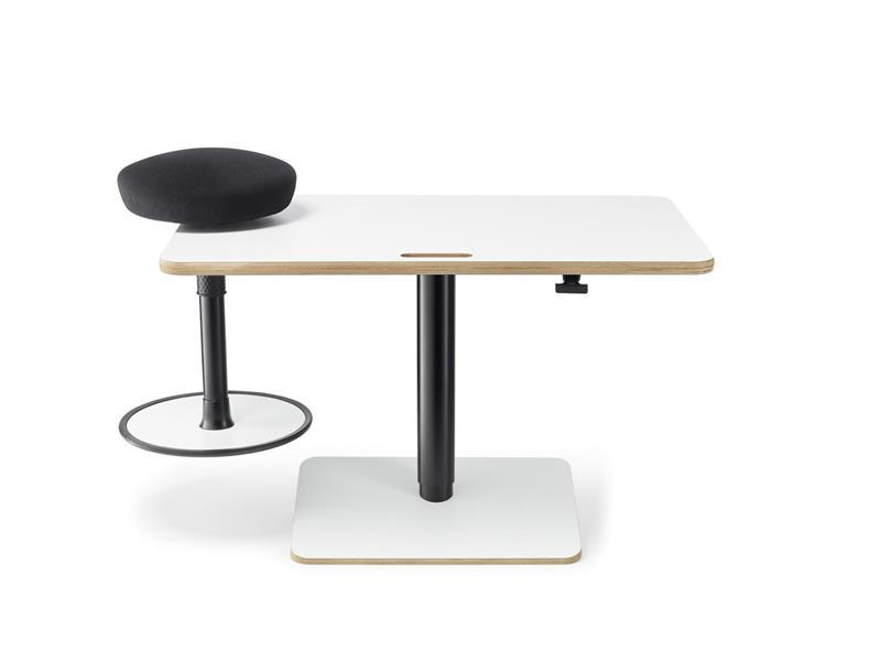 Paket 2. Höj/sänkbart bord + aktivitetsstol