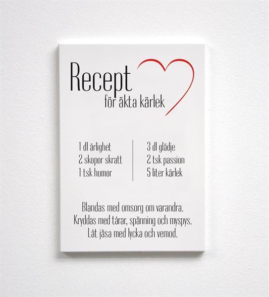Trätavla A4, Kärleksrecept, vit/svart-röd text