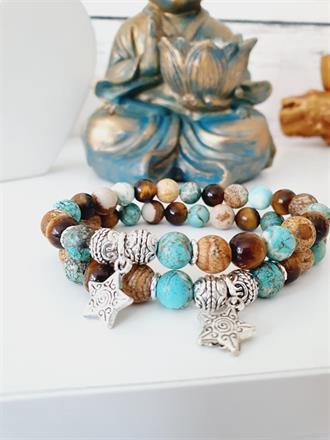 Armband med pärlor /stenar -vintage stil turkos