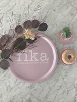 Bricka rund 31 cm, Make time FIKA, rosa/vit text
