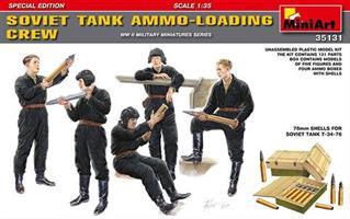 SOVIET TANK AMMO-LOADING CREW