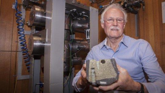 Scientists helping to improve understanding of plate tectonics