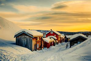 Martynas Milkevicius-Sunset at Røros