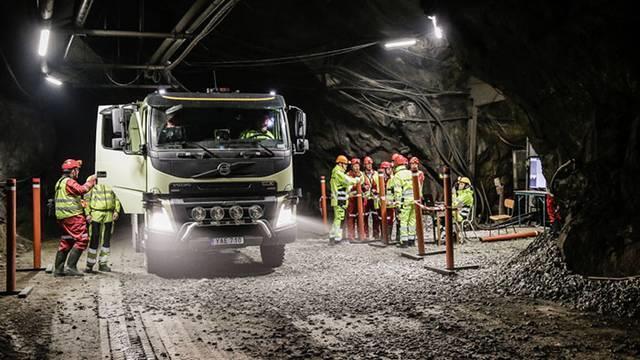 Volvos lastbilar ska anpassas till kvinnor
