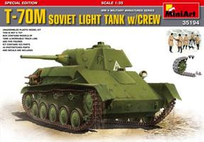 T-70M SOVIET LIGHT TANK w/CREW. SPECIAL EDITION