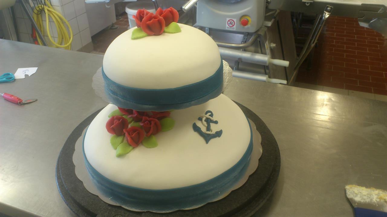 Bröllopstårta 50 personer