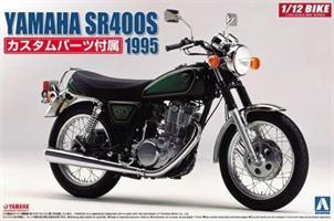 YAMAHA SR400S with Custom Parts