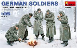 GERMAN SOLDIERS (WINTER 1941-42)