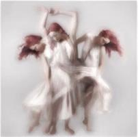 Liz Ravn - Dancer in motion