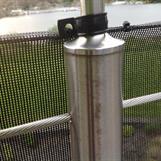 75% vindred - mot rostfritt stål & wire - infästning mot pelare