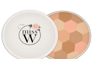 miss W Illuminating Powder - Ljus