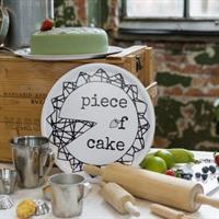 Bricka som även är ett tårtfat från Erika Tubbin P