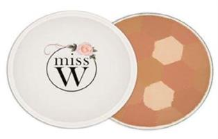 miss W Illuminating Powder - Medium