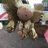 Lilten ängel värd sin vikt i guld!