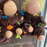 Mellanbarn med bruna tofsar - SÅLD, Mellanbarn med kort blont hår - klicka på bild för att beställa!