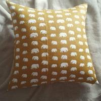 kuddfodral gul elefanter Lin 50x50 dubbelsidig