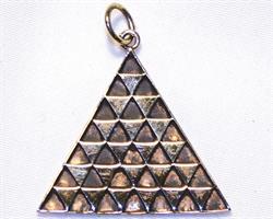 Halsband - Pyramid i mässing (3 pack)