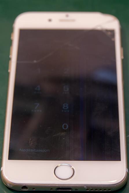 iPhone 6 med knust skjerm