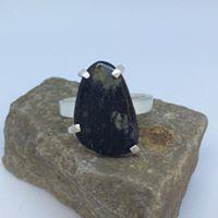 Sten med klofattning