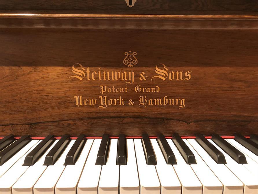 Steinway C - fra ca år 1890 - Nyrestaurert