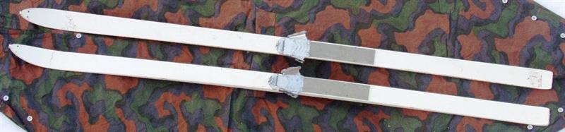 Treski med  bindinger fra Forsvaret Hente