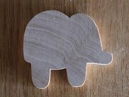 Trefigur med magnet, Elefant