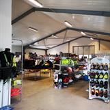 Vår butik hittar Ni på Pappersbruksvägen 10 A i Broby
