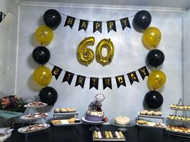 Happy Birthday banner Svart og gull