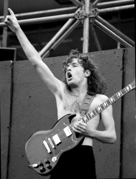 AC/DC, Angus Young 3, 1984.