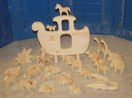 Noas ark med 12 par dyr UPUSSET